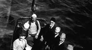 ismail qemali ne anije
