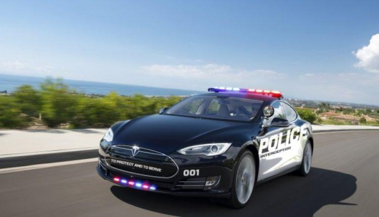 tesla per policine e Zvicres